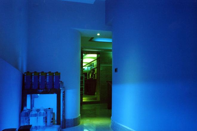 COLORIFICIO E FERRAMENTA_space_GianniVeneziano_1998_VenezianTeam_4
